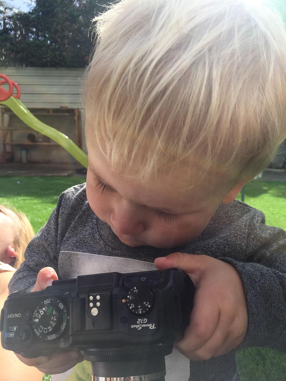 19-month-old-kid-photographer-canon-g12-timothy-jones-32