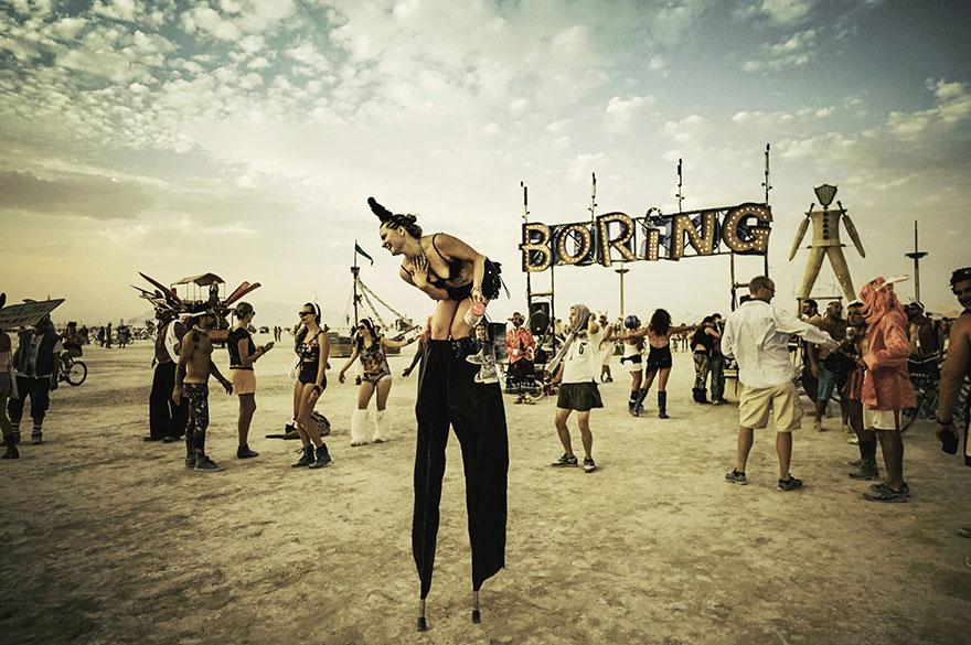 burning-man-festival-photos-victor-habchy-31