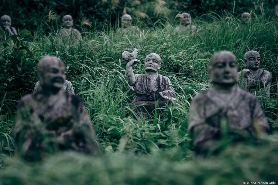 creepy-statues-forbidden-forest-japan-yukisons-ken-ohki-18