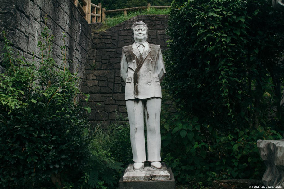 creepy-statues-forbidden-forest-japan-yukisons-ken-ohki-3