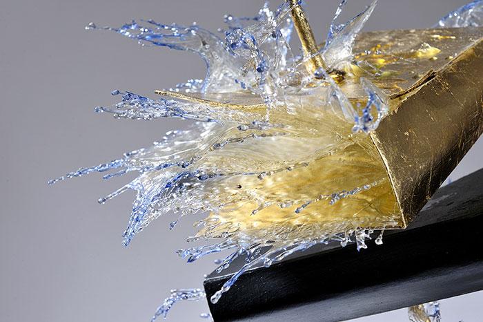 exploding-books-resin-glass-frozen-liquid-sculpture-liquidity-annalu-boerettos-31