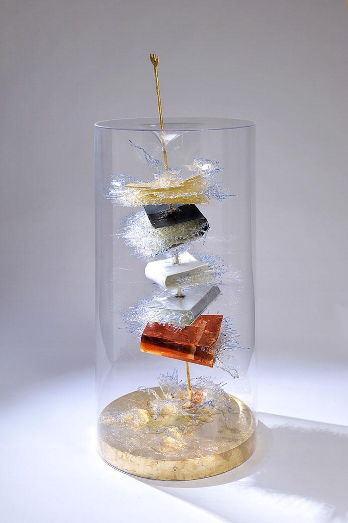 exploding-books-resin-glass-frozen-liquid-sculpture-liquidity-annalu-boerettos-35