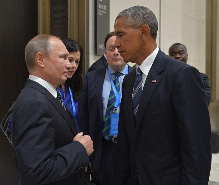 obama-putin-death-stare-photoshop-battle-troll-8