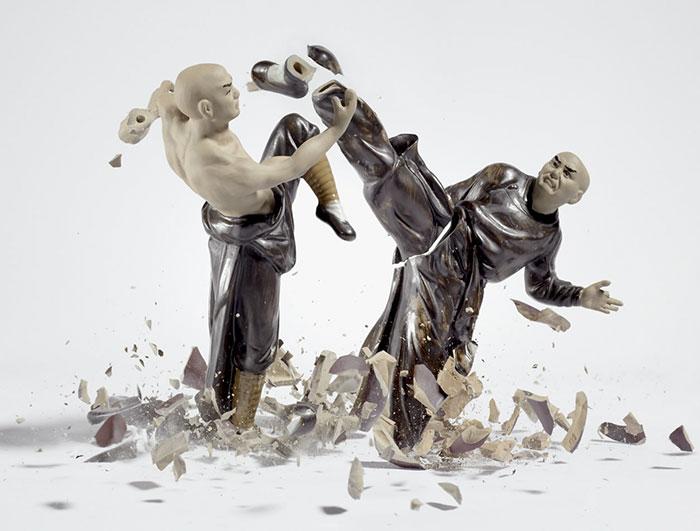 shattered-porcelain-dolls-fight-martin-klimas-12