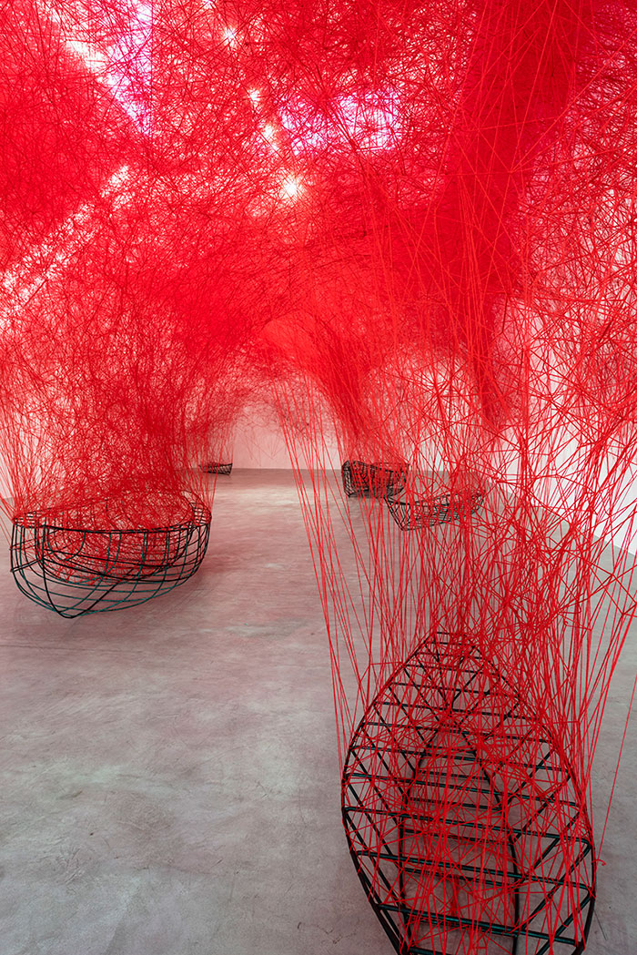 thread-labyrinth-uncertain-journey-blain-southern-chiharu-shiota-3