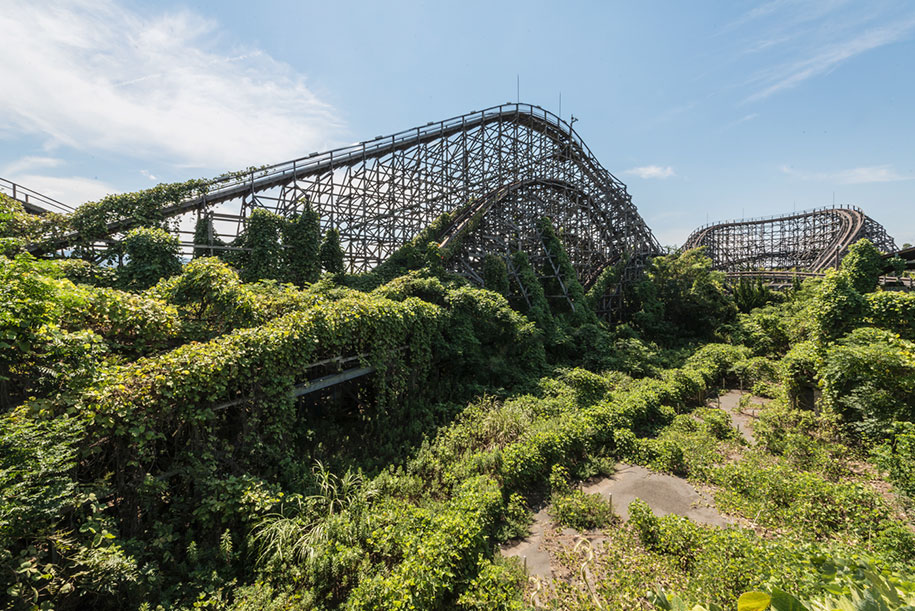 abandoned-theme-park-nara-dreamland-japan-romain-veillon-1