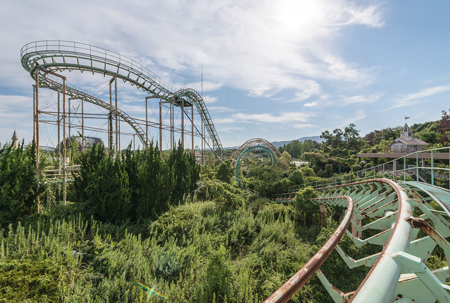 abandoned-theme-park-nara-dreamland-japan-romain-veillon-16