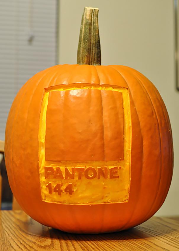 creative-designer-pumpkin-carvings-19