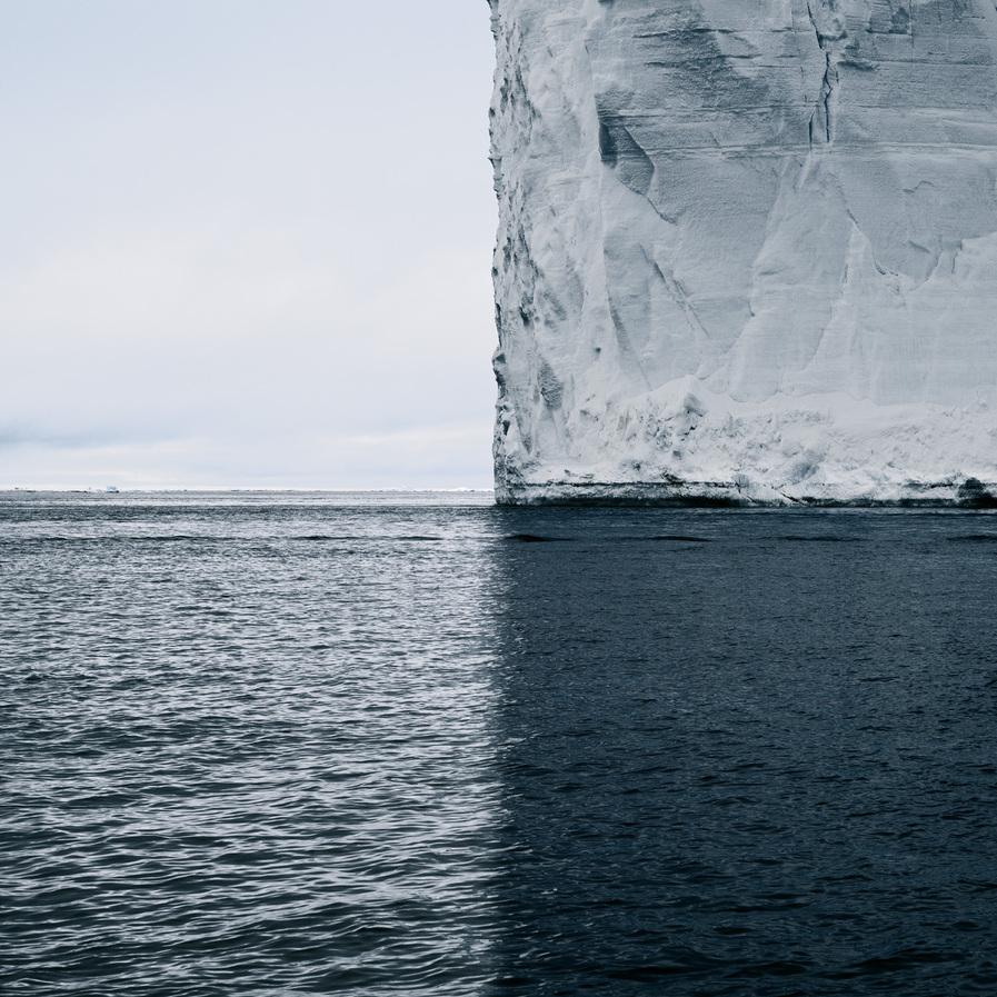 iceberg-photo-four-quadrants-color-texture-composition-david-burdeny-1