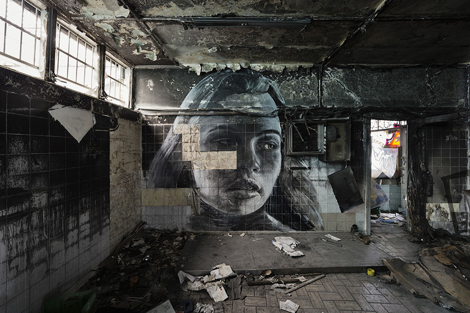 intimate-portraits-abandoned-houses-street-art-empty-rone-86