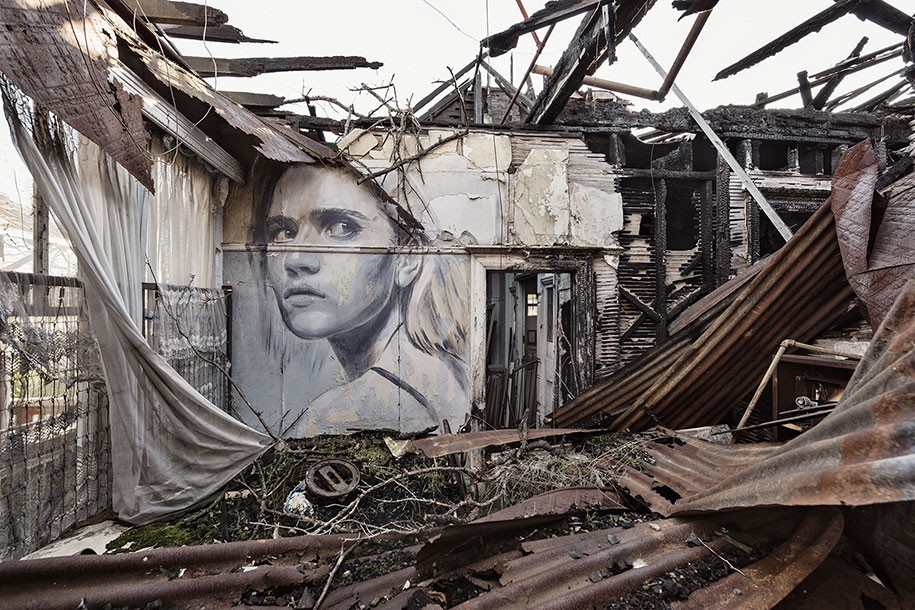 intimate-portraits-abandoned-houses-street-art-empty-rone-87