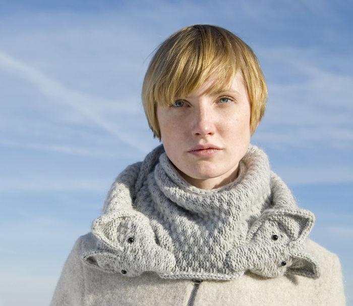 knitted-animal-scarves-bite-nina-fuhrer-4
