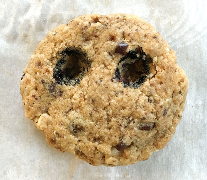 scary-cookies-halloween-jennifer-wold-3