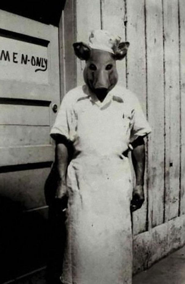 scary-vintage-halloween-costumes-creepy-15