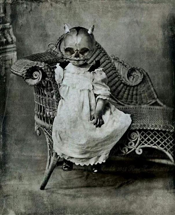 scary-vintage-halloween-costumes-creepy-5