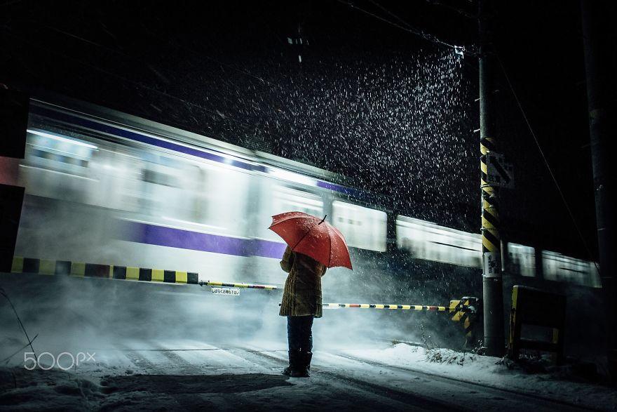 unique-japan-street-photography-3