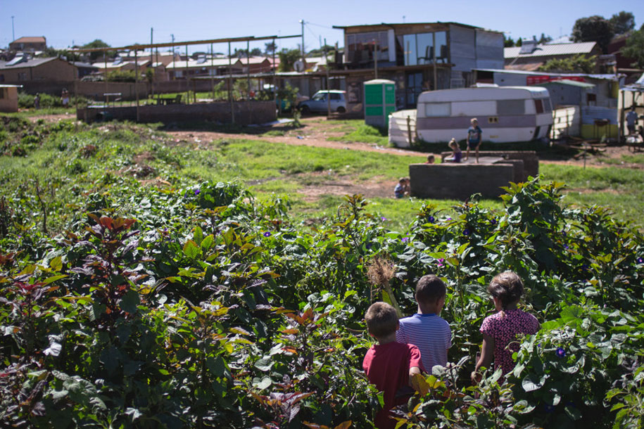 white-ghettos-south-africa-jacque-nelles-6