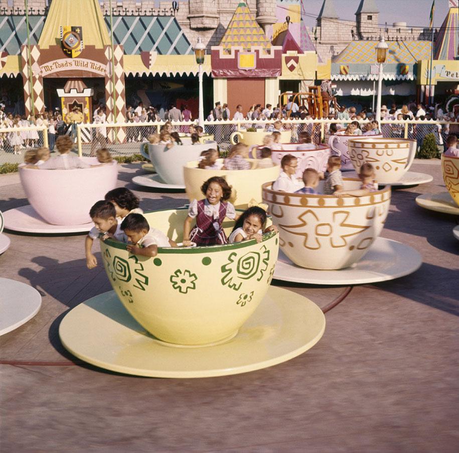 disneyland-opening-day-1955-5