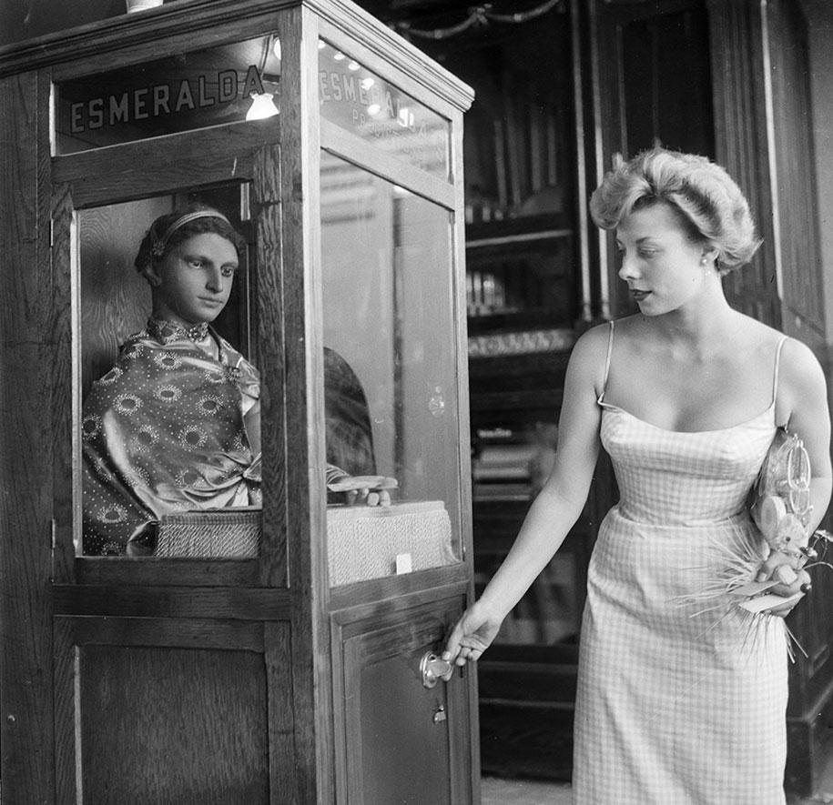 disneyland-opening-day-1955-7
