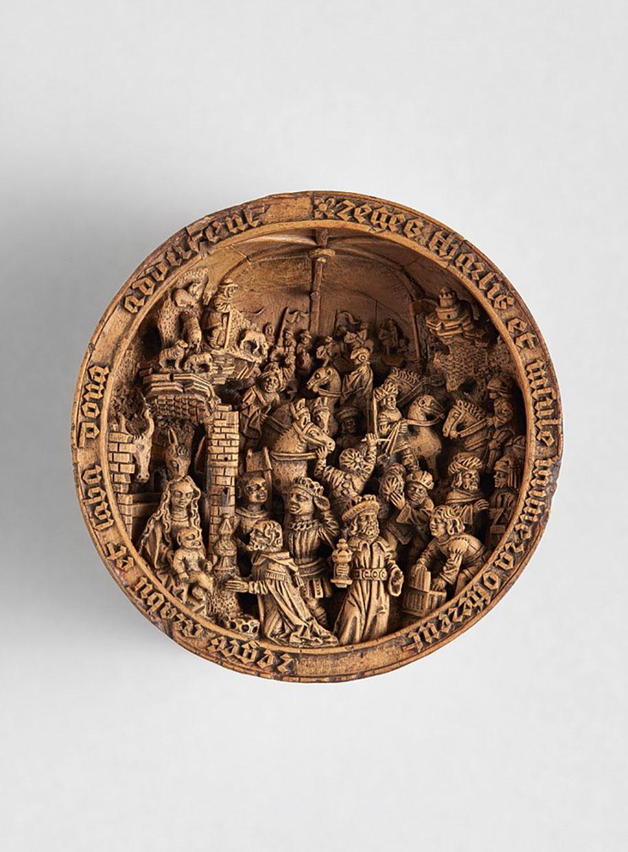 miniature-boxwood-carvings-16th-century-11