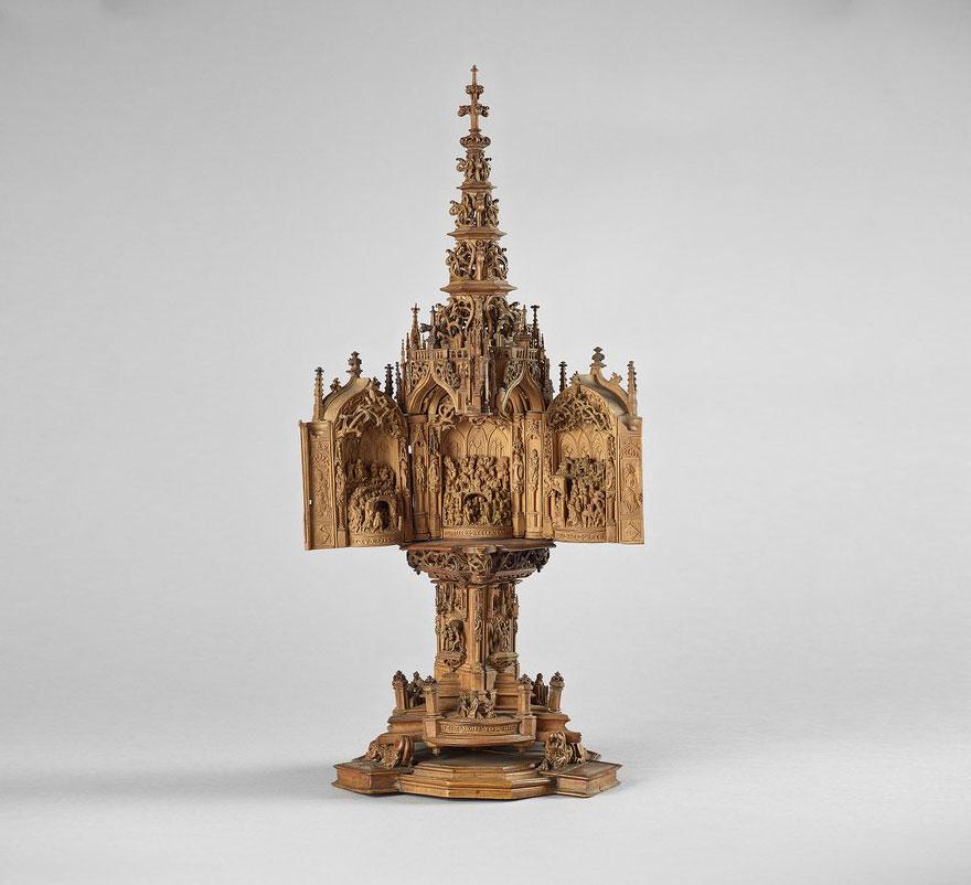miniature-boxwood-carvings-16th-century-21