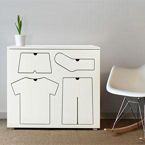 Training Dresser By Peter Bristo