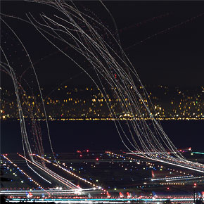 Long Exposure Photos of Air Traffic Above San Francisco