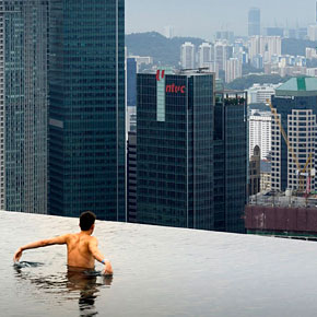 Amazing Infinity Pool on 55-Storey Marina Bay Sand Hotel in Singapore