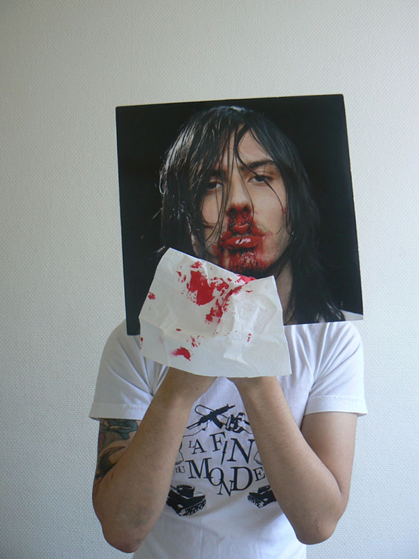 A New Wave Of The Sleeveface Trend Occupies The Internet