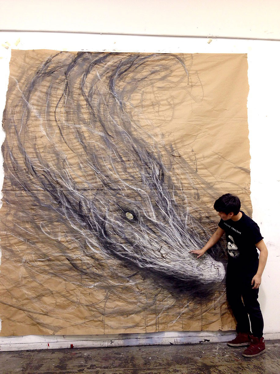These dark 3d drawings pop out of paper as life sized animals for Best paint for a wall mural