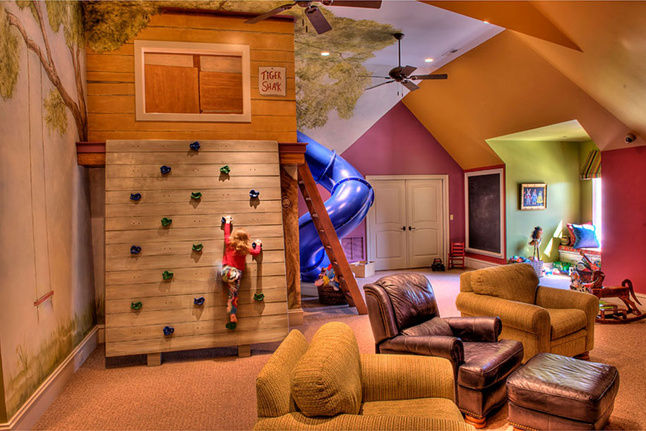 Adventure Treehouse Room