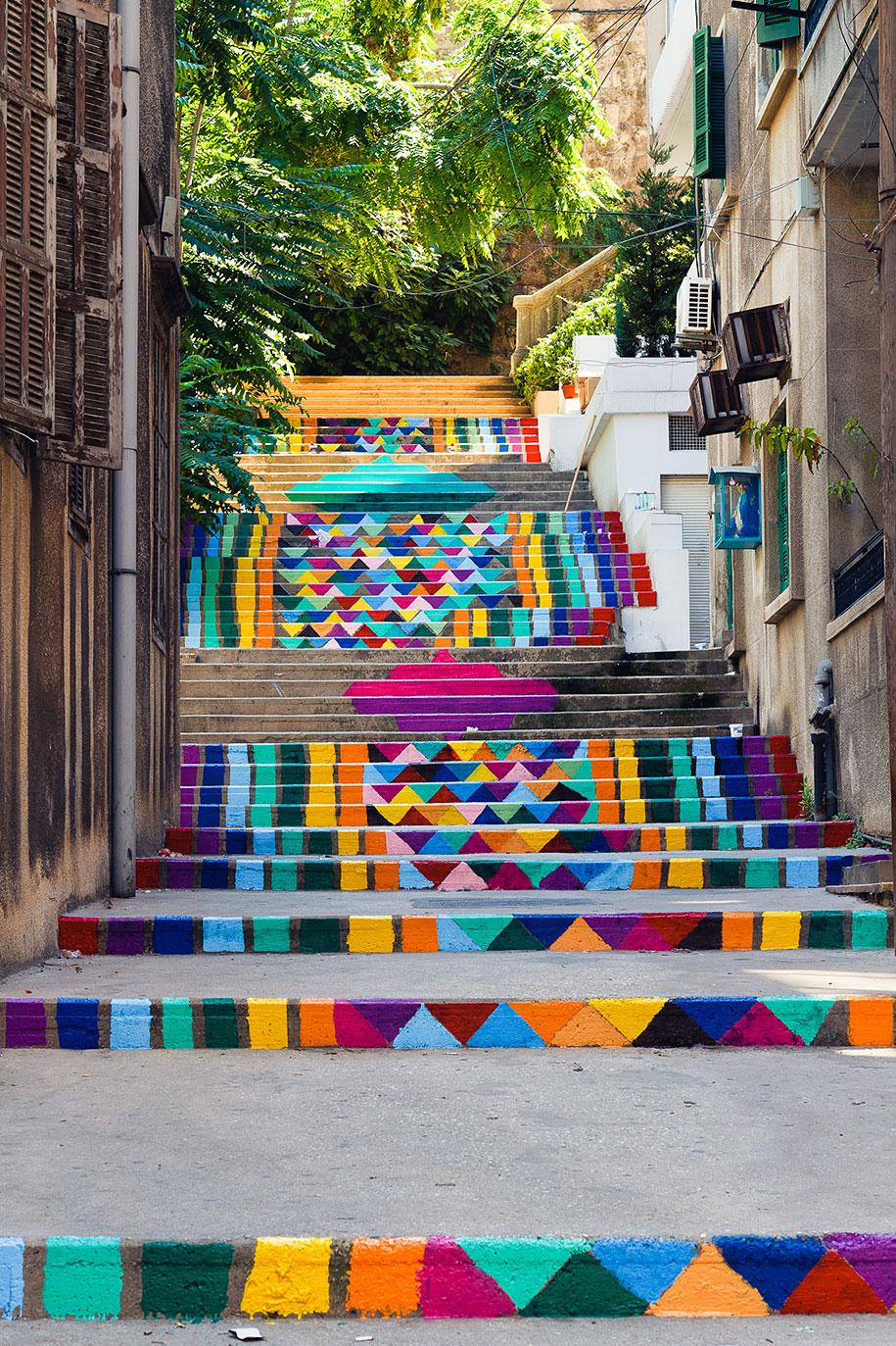 Картины и картинки - Страница 7 Creative-beautiful-steps-stairs-street-art-6