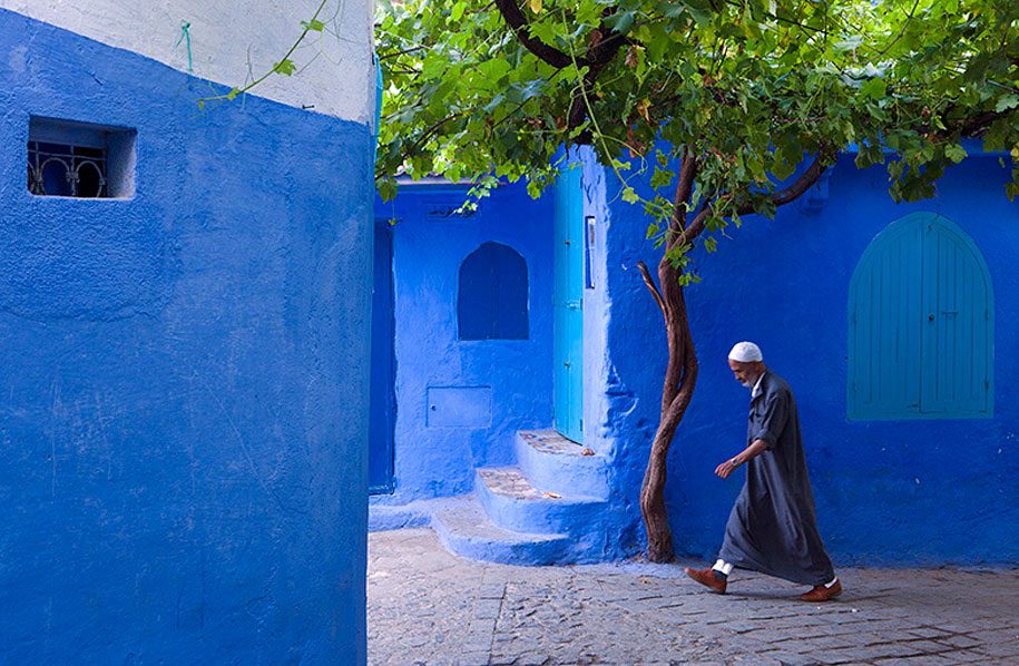 blue-town-walls-chefchaouen-morocco-1