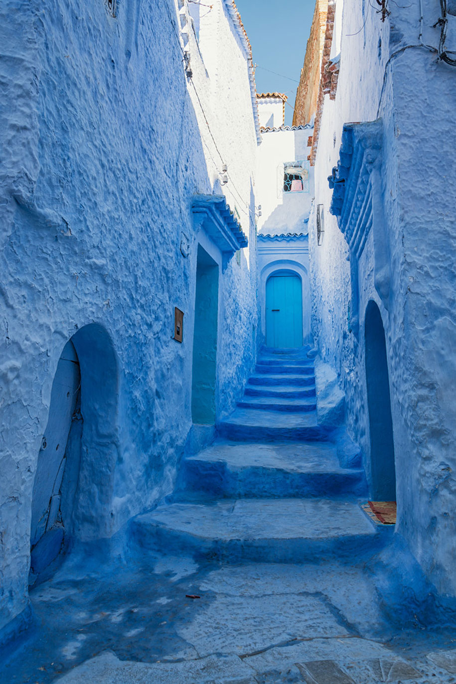 blue-town-walls-chefchaouen-morocco-6