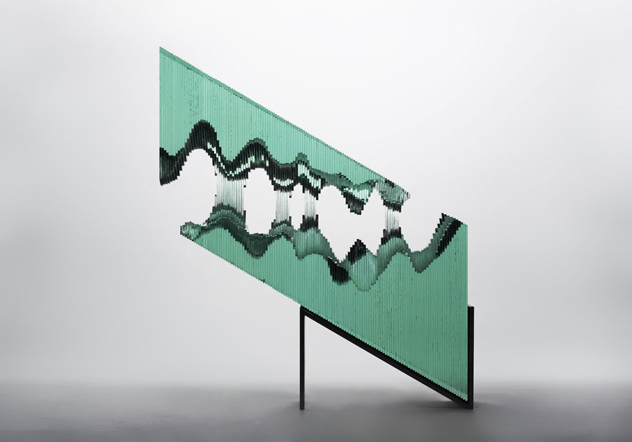 glass-sheets-wave-sculpture-ben-young-11