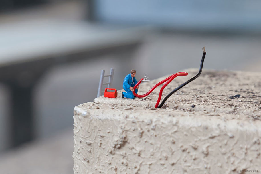 little-people-project-diorama-art-slinkachu-19