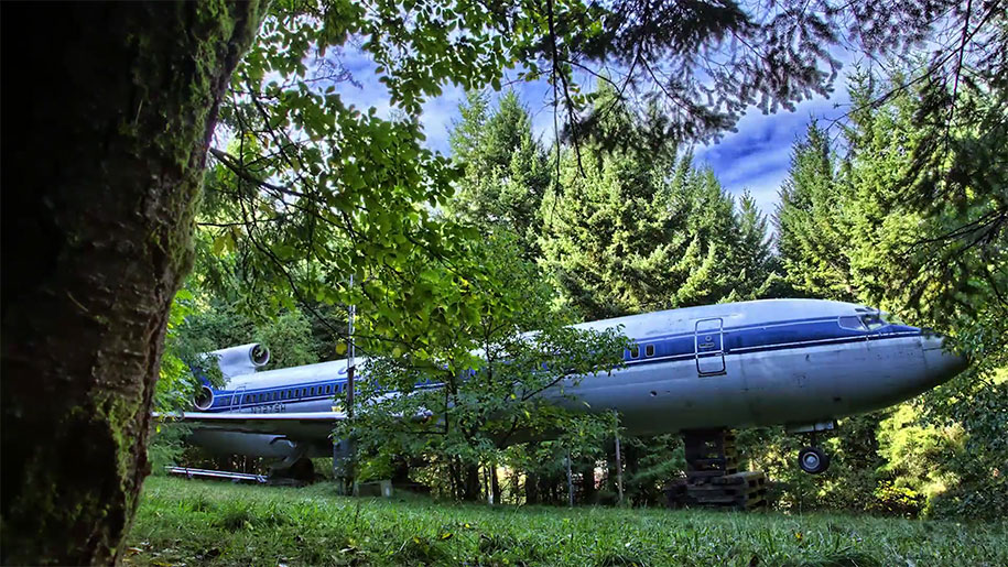 old-boeing-727-recycled-plane-home-bruce-campbell-22