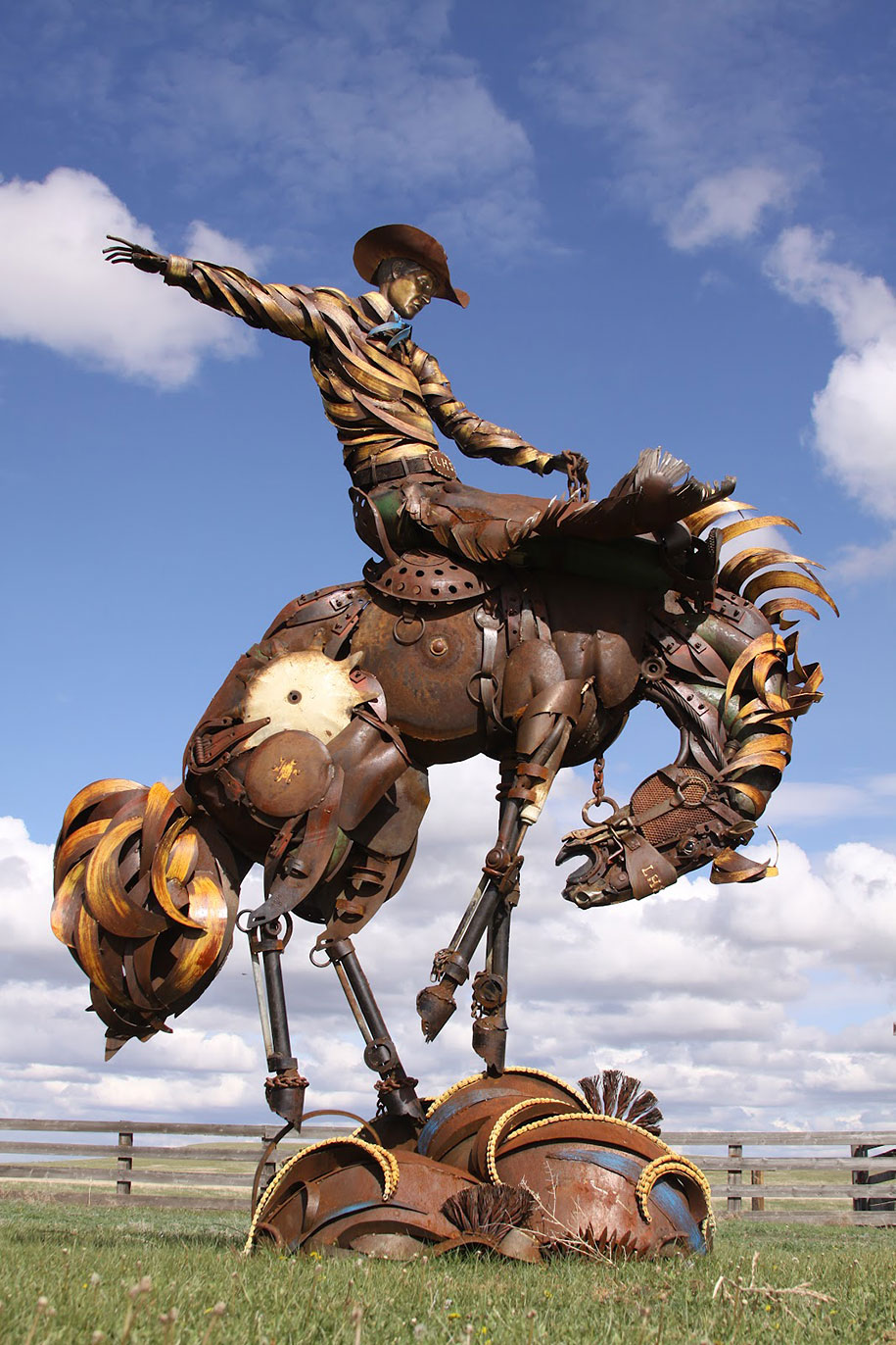 Scrap Metal Sculptures Made Of Old Farm Equipment By John Lopez - Artist creates incredible sculptures welding together old farming equipment