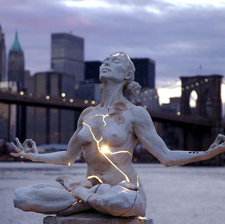 creative-statues-interesting-sculptures-2