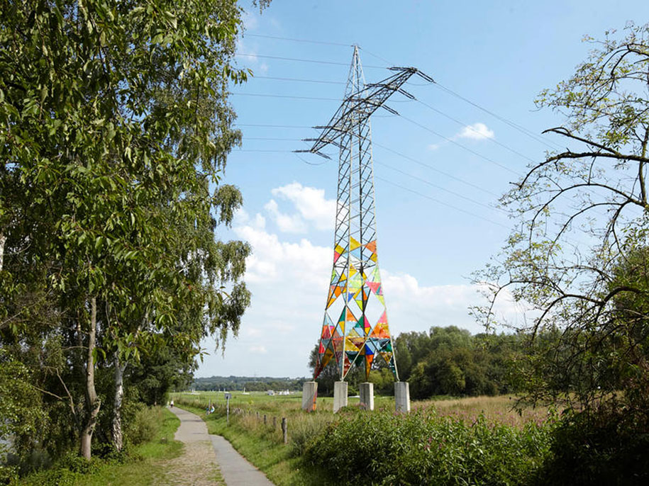 leuchtturm-lighthouse-electrical-tower-art-1