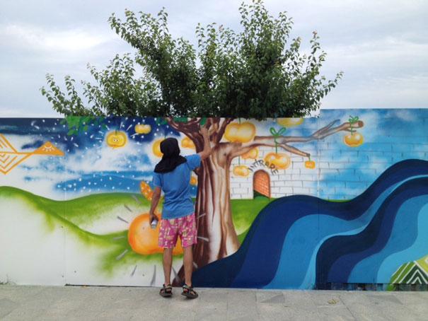 street-art-interacting-with-nature-surroundings-50