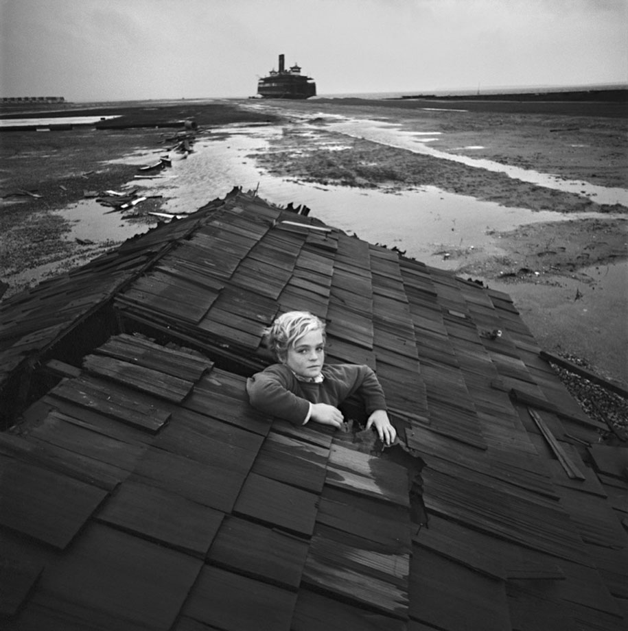 surreal-photography-childrens-nightmares-arthur-tress-2