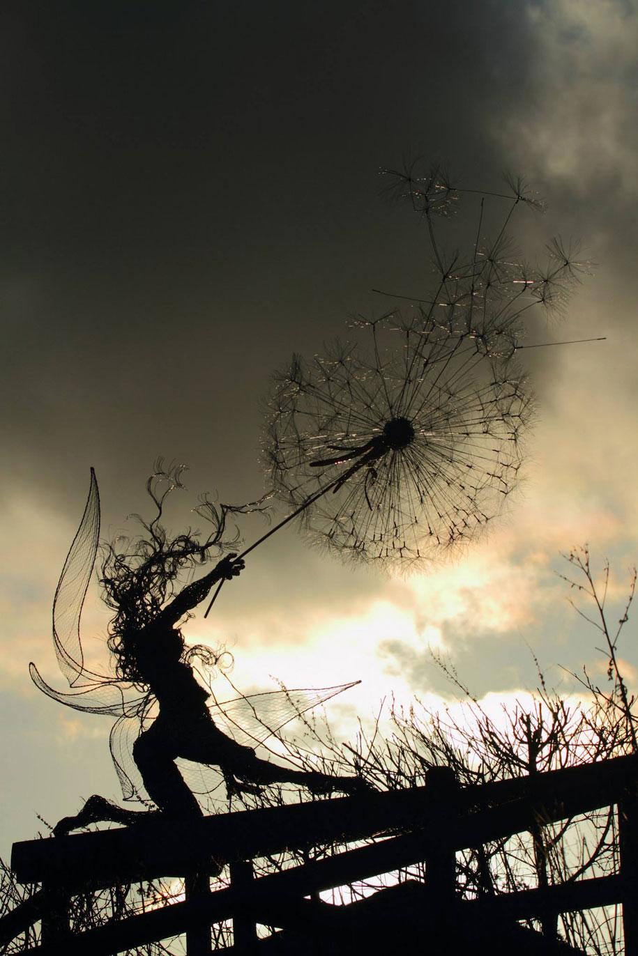 wire-fairy-dandelion-sculptures-fantasywire-robin-wight-11