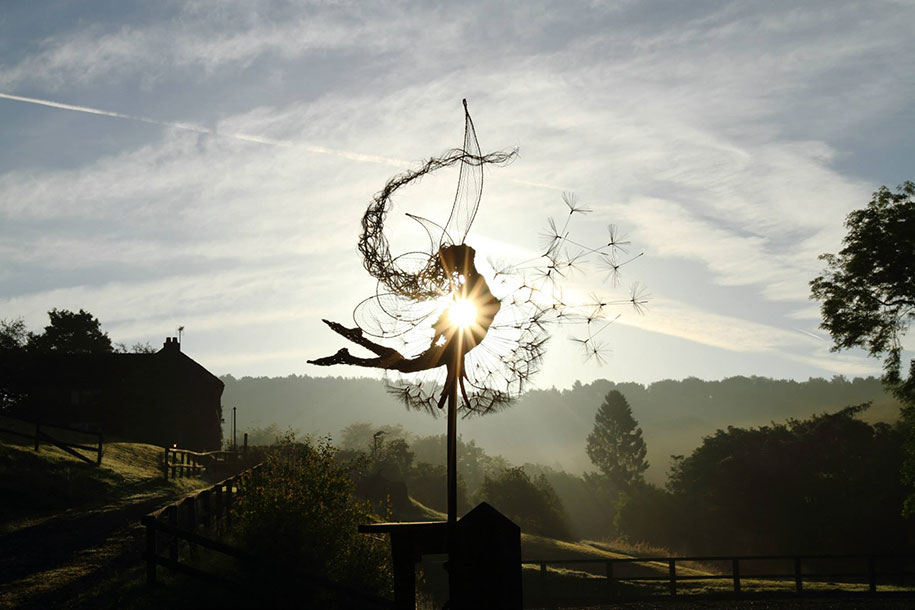 wire-fairy-dandelion-sculptures-fantasywire-robin-wight-14