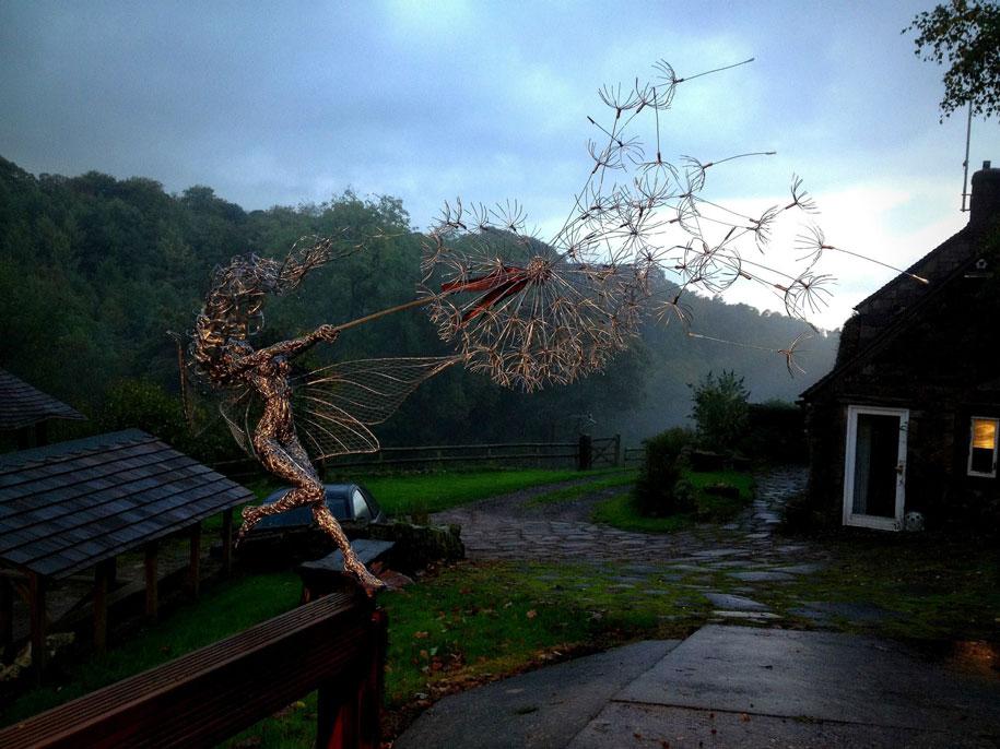 wire-fairy-dandelion-sculptures-fantasywire-robin-wight-3