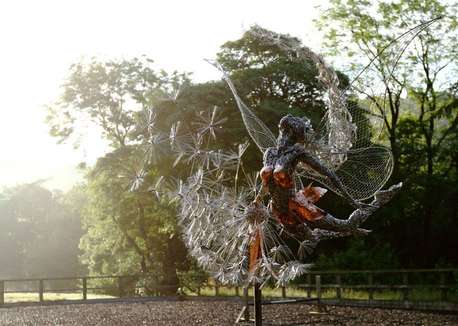 wire-fairy-dandelion-sculptures-fantasywire-robin-wight-6