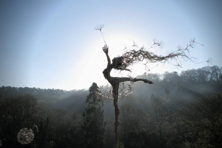 wire-fairy-dandelion-sculptures-fantasywire-robin-wight-9
