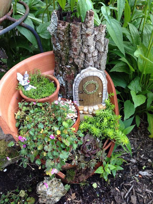 diy-broken-pot-fairy-garden-8