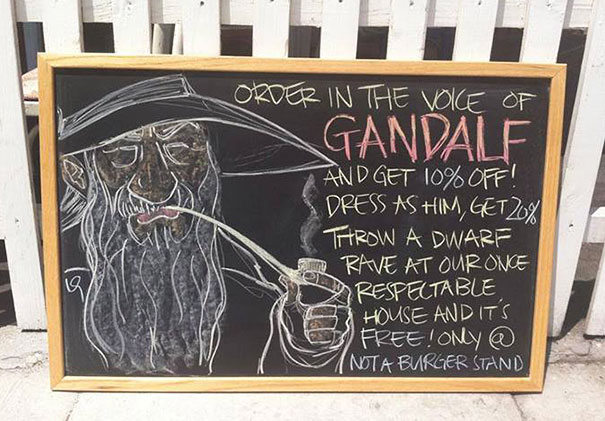funny-chalk-board-drawings-not-a-burger-stand-25