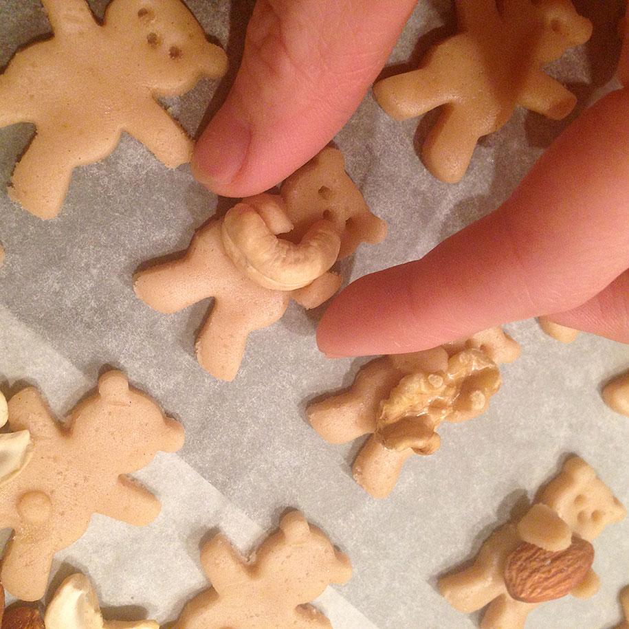 hugging-bears-nuts-cute-cookies-tamagosan-5